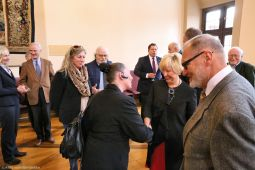 F-Tafel_verleihung-buergermedaille_EdithKleber_21April2017_04